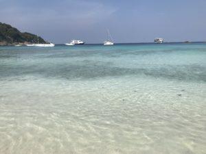 シミラン諸島8番のビーチ