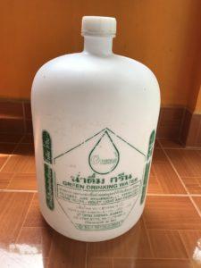 水20Lのボトル