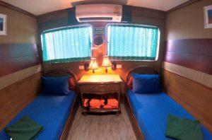 クルーズ船ソンブーン号の客室
