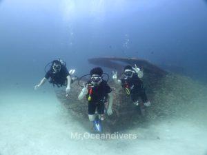 プーケットでダイビング ラチャヤイ島の沈船