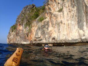 プーケットでダイビング ドクマイ島