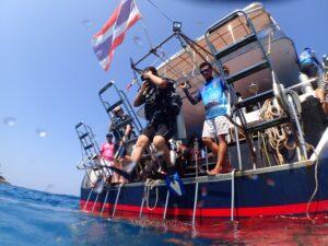 体験ダイビング ラチャノイ島 エントリー