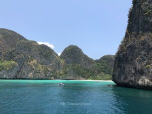 ピピ島でダイビング マヤベイ
